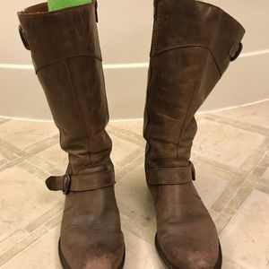 Born boots brown leather size 8.5